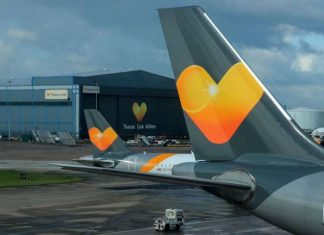 skynews-thomas cook quiebra-cook-plane-manchester_4780479_NoticiaAmpliada